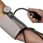 Como-medir-a-pressão-arterial-hipertensao