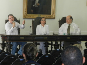 Presidente Ademir Pestana, enfermeira Denise Spósito e Dr.Mário Cardoso