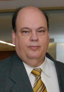 Dr. Mario Cardoso