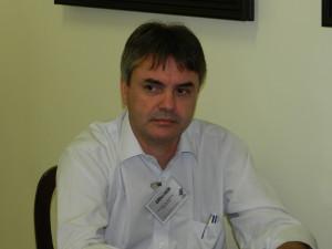 Dr. Marcos Calvo