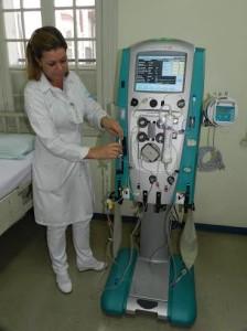 Enfermeira Regina e a máquina
