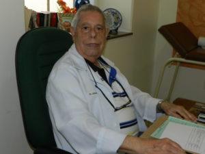Oncologista Alberto Pessoa de Souza, médico responsável pelo Serviço de Oncologia Clínica da Beneficência Portuguesa de Santos.
