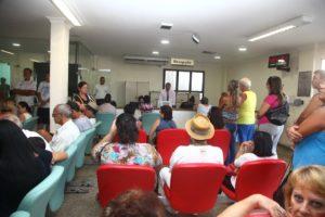 Pacientes aguardando realização de exames